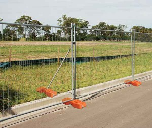 thumb_temporary-fencing-panels-F1